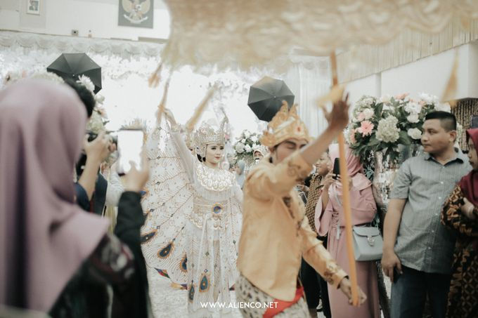 THE WEDDING OF ALDI & MUSTIKA by alienco photography - 046