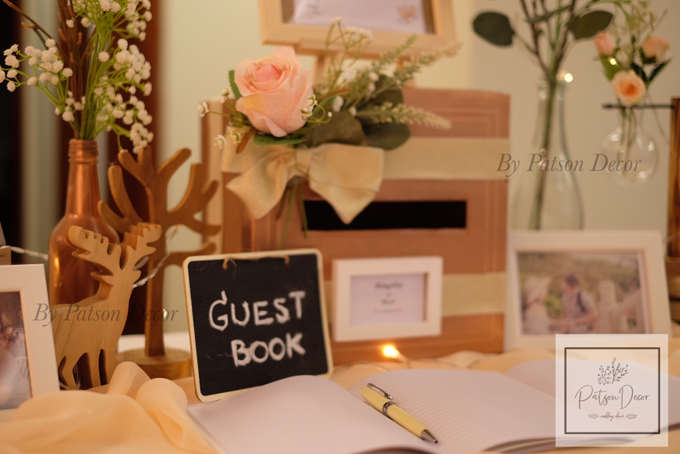 Reception guestbook table styling by Patson Decor - 001