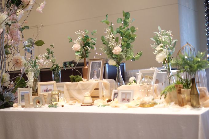 Photo album table for Jia Hui by Patson Decor - 004