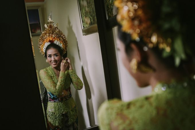 Balinese Wedding Ceremony Of Mega & Terry by MOMENTO PHOTOGRAPHY - 005