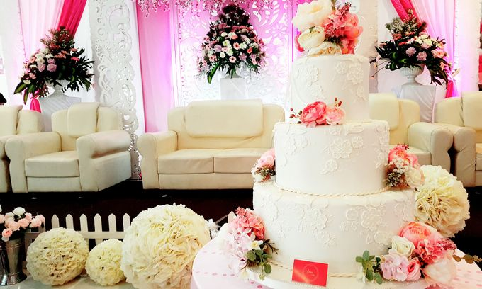 3 Tiers by Amor Cake - 016