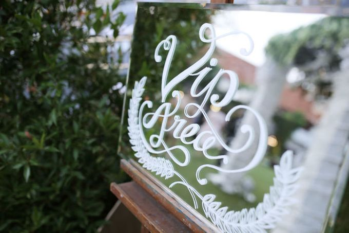 Romantic Foliage Wedding by Pea and Pie - 014
