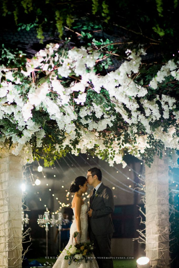 Romantic Foliage Wedding by Pea and Pie - 017