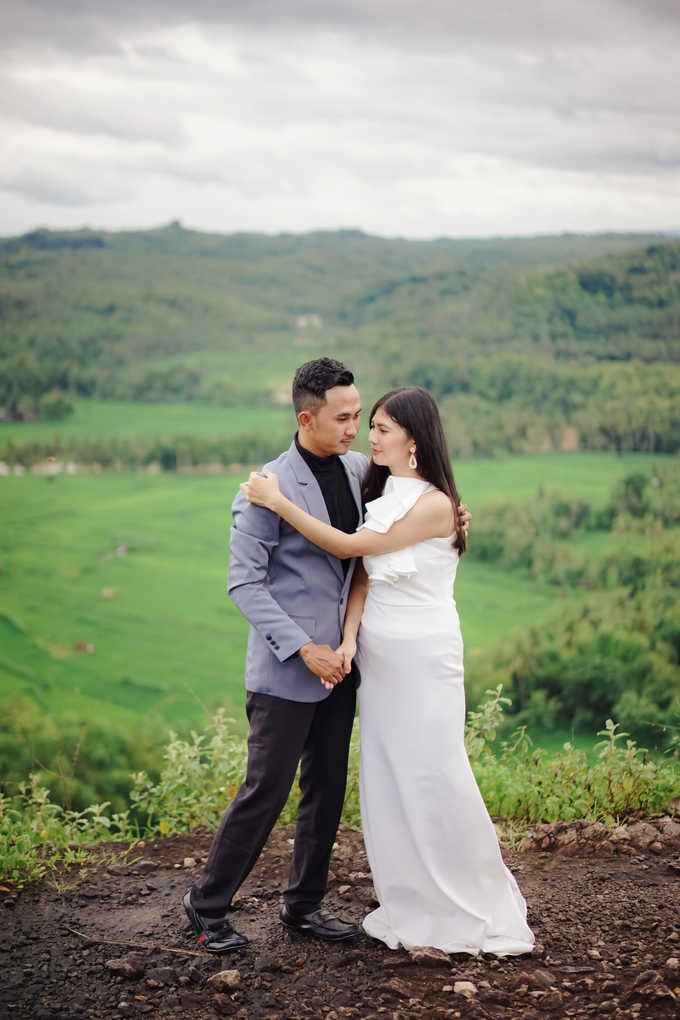 Couple session of Metta + Faisal by PECULIAR CREATIVE - 008