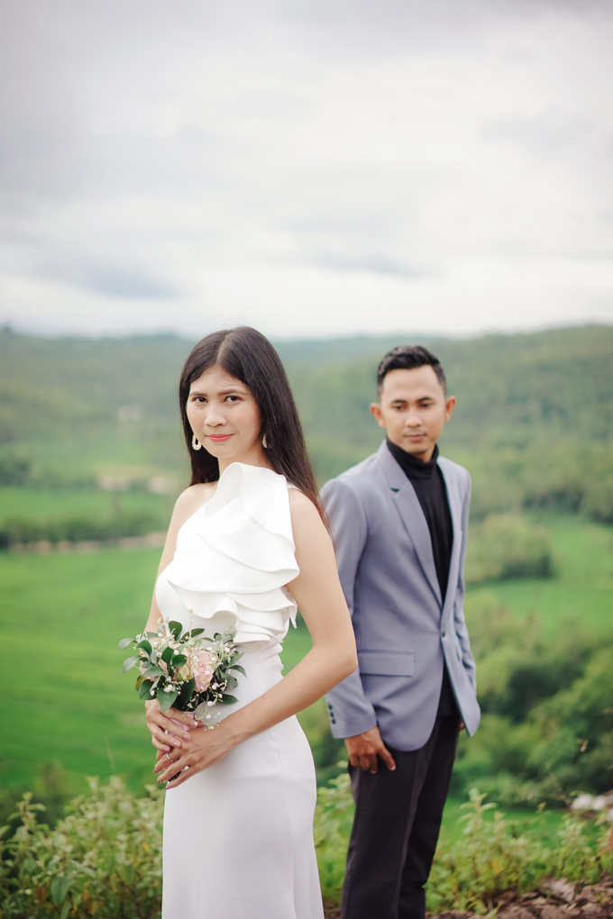 Couple session of Metta + Faisal by PECULIAR CREATIVE - 011