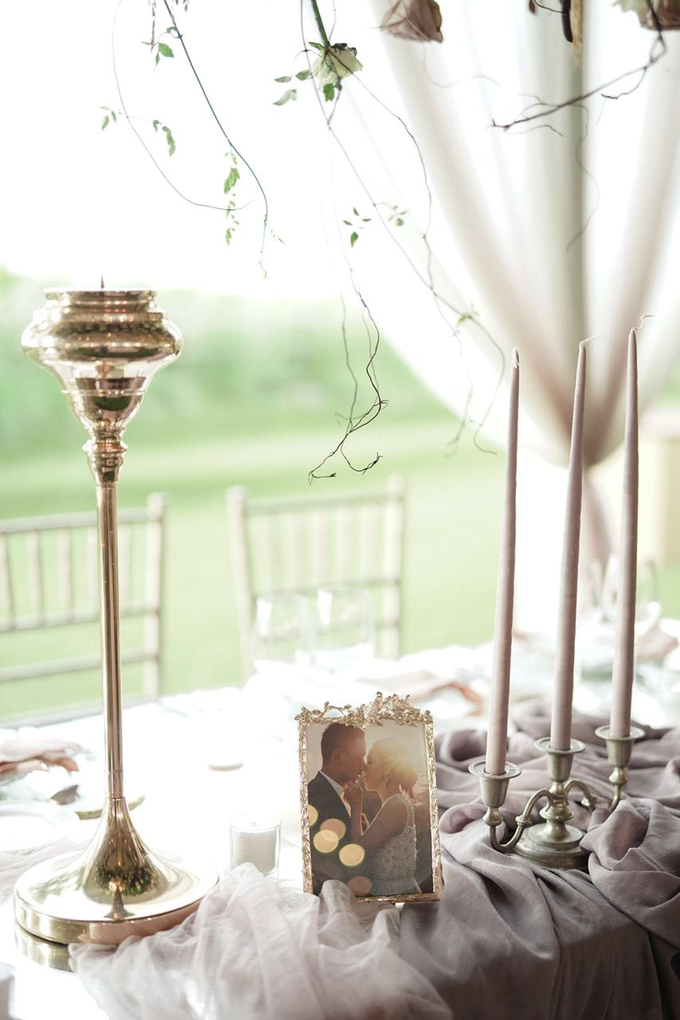Dusty mauve with pampas grass by Tea Rose Wedding Designer - 003