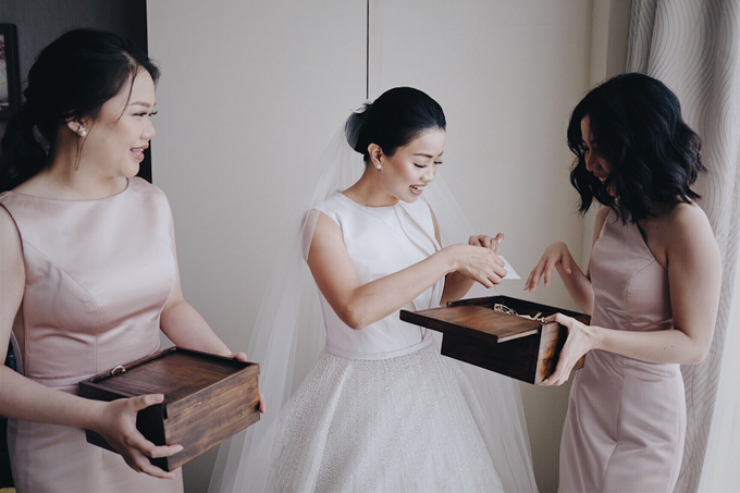 Wedding Ferdy & Meryyana by Mimi kwok makeup artist - 011