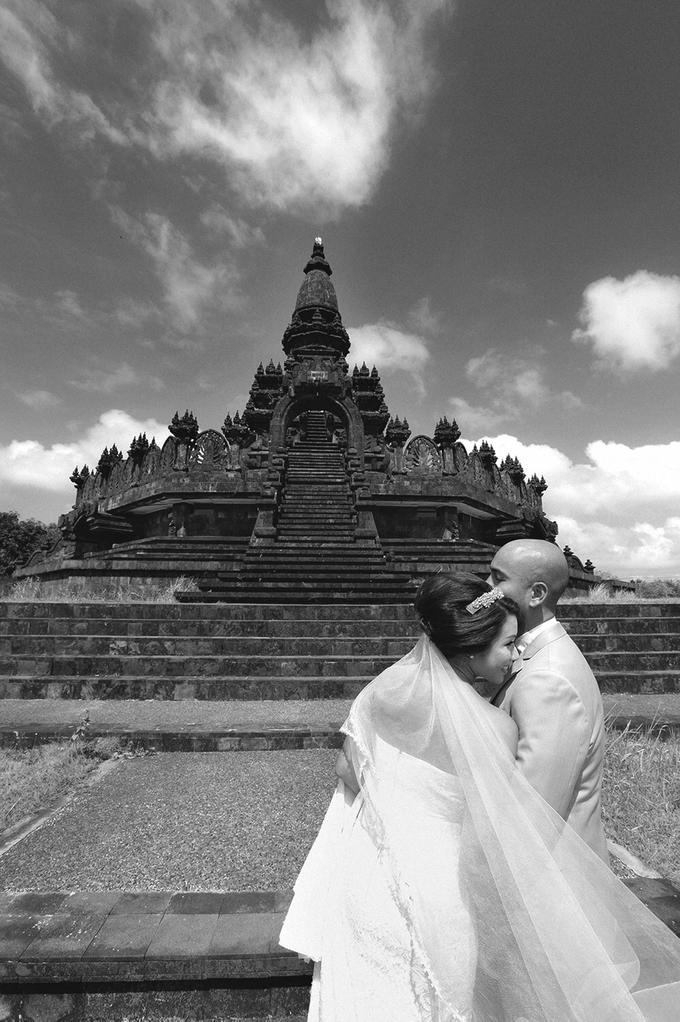 Bali Engagement Portrait of Edwin + Deborah by Vera Wang Singapore - 001