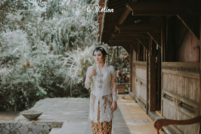 Yayas & Anosa -  Traditional Javanese Night Markets Wedding by Le Motion - 008
