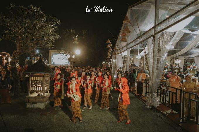 Yayas & Nosa Wedding by Adhyakti Wedding Planner & Organizer - 041
