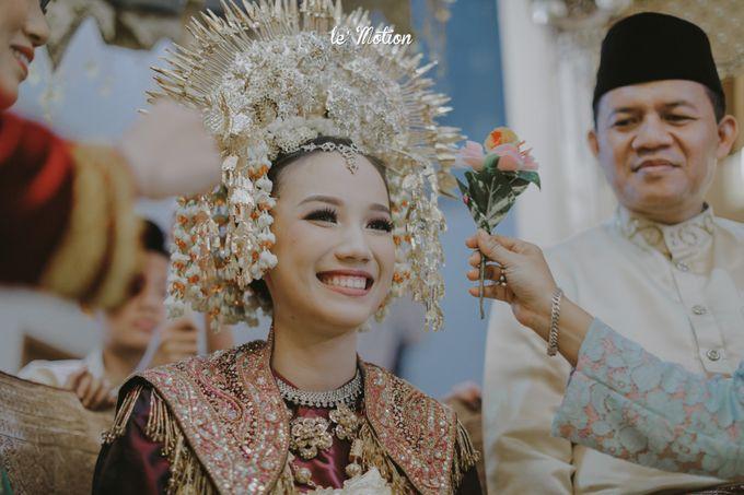 Traditional Sundanese and Minang Fusion Wedding of Felli & Reza by Le Motion - 013