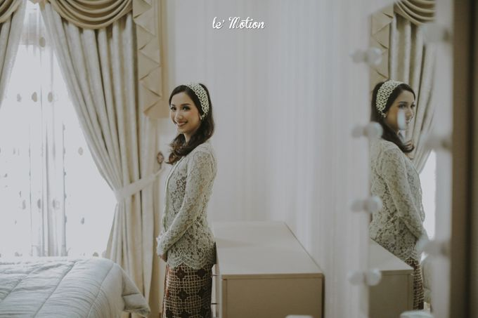 Traditional Sundanese and Minang Fusion Wedding of Felli & Reza by Le Motion - 005