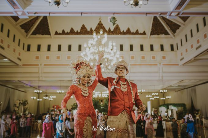 Dhea & Ridho Traditional Palembang Wedding by Le Motion - 044