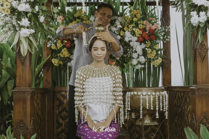 Dhea & Ridho Traditional Palembang Wedding by Le Motion - 012