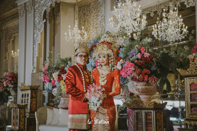 Dhea & Ridho Traditional Palembang Wedding by Le Motion - 045