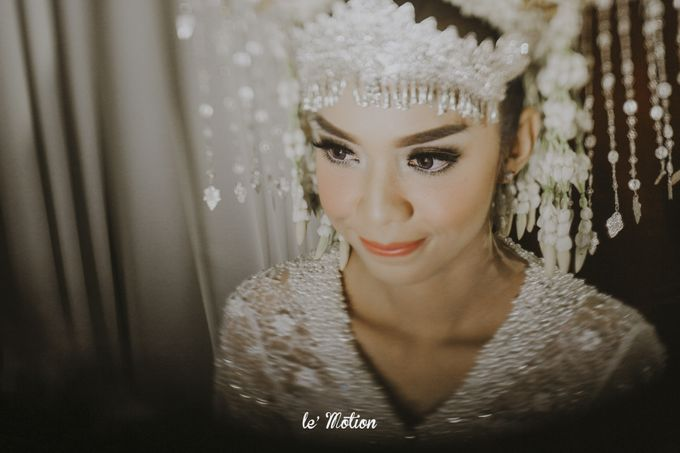 Dhea & Ridho Traditional Palembang Wedding by Le Motion - 023