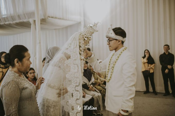 Dhea & Ridho Traditional Palembang Wedding by Le Motion - 032