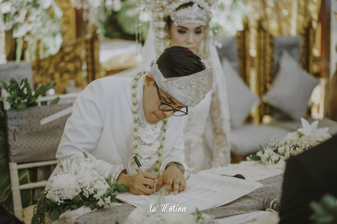Dhea & Ridho Traditional Palembang Wedding by Le Motion - 033