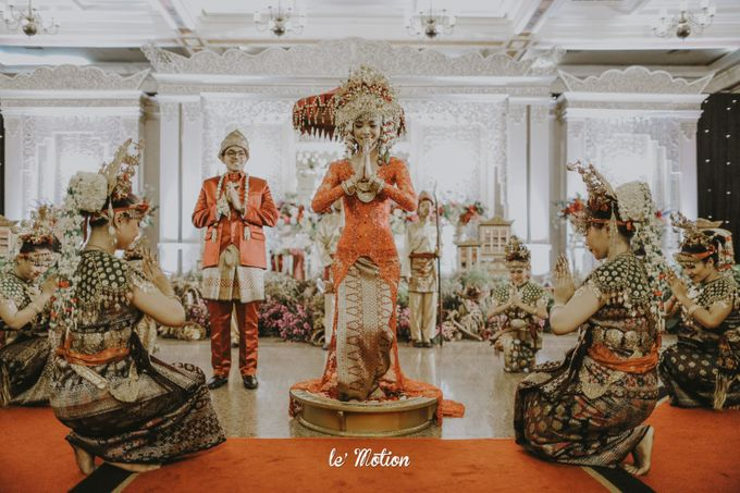 Dhea & Ridho Traditional Palembang Wedding by Le Motion - 042
