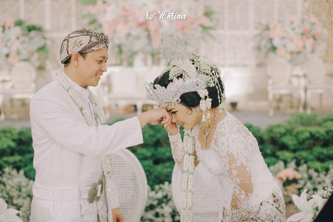 The Enchanting Sundanese Wedding of Sabila & Ardieles by Le Motion - 028