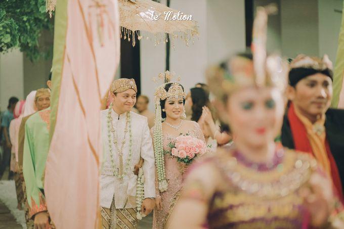 The Enchanting Sundanese Wedding of Sabila & Ardieles by Le Motion - 041