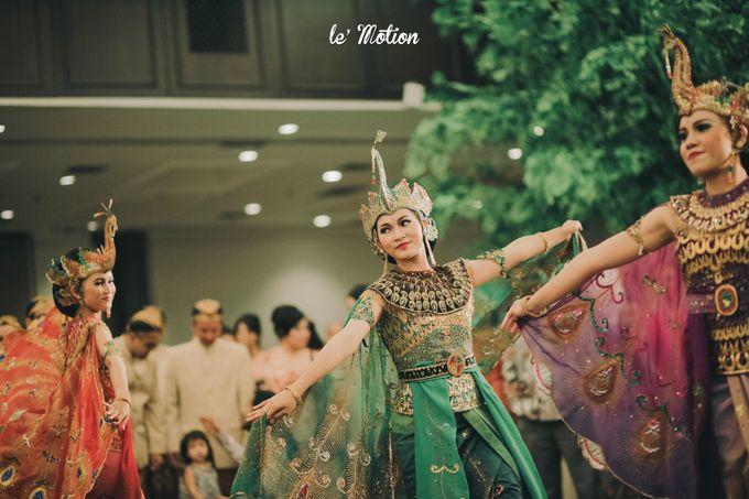 The Enchanting Sundanese Wedding of Sabila & Ardieles by Le Motion - 043