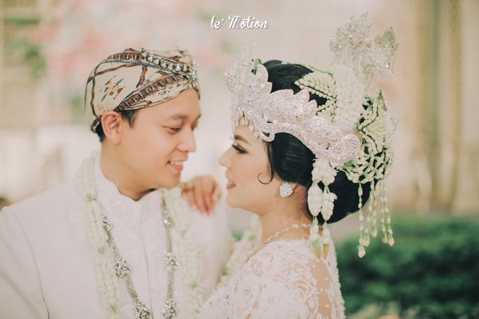 The Enchanting Sundanese Wedding of Sabila & Ardieles by Le Motion - 034
