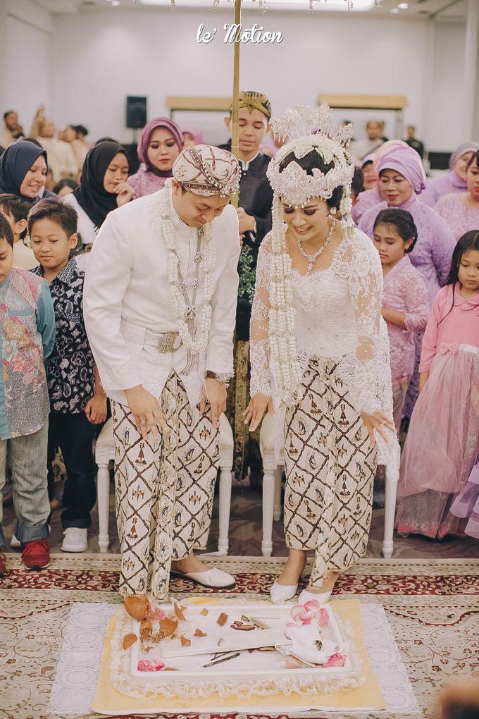 The Enchanting Sundanese Wedding of Sabila & Ardieles by Le Motion - 031