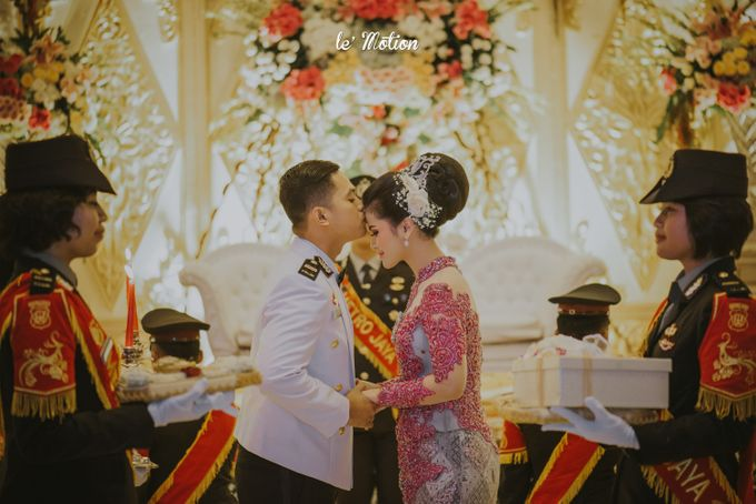 Irwan & Ratih Wedding with Pedang Pora Ceremony by Le Motion - 025