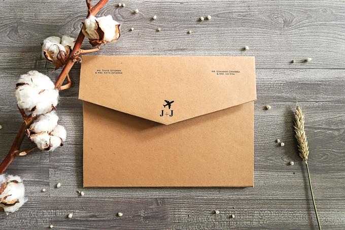 Jonathan & Jessica (no envelope type) by Petite Chérie Invitation - 001