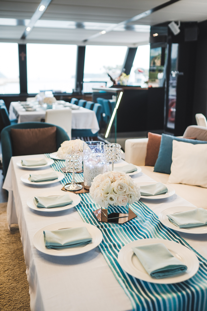 Yacht Wedding by Eagle Wings Yacht Charters Pte Ltd - 005