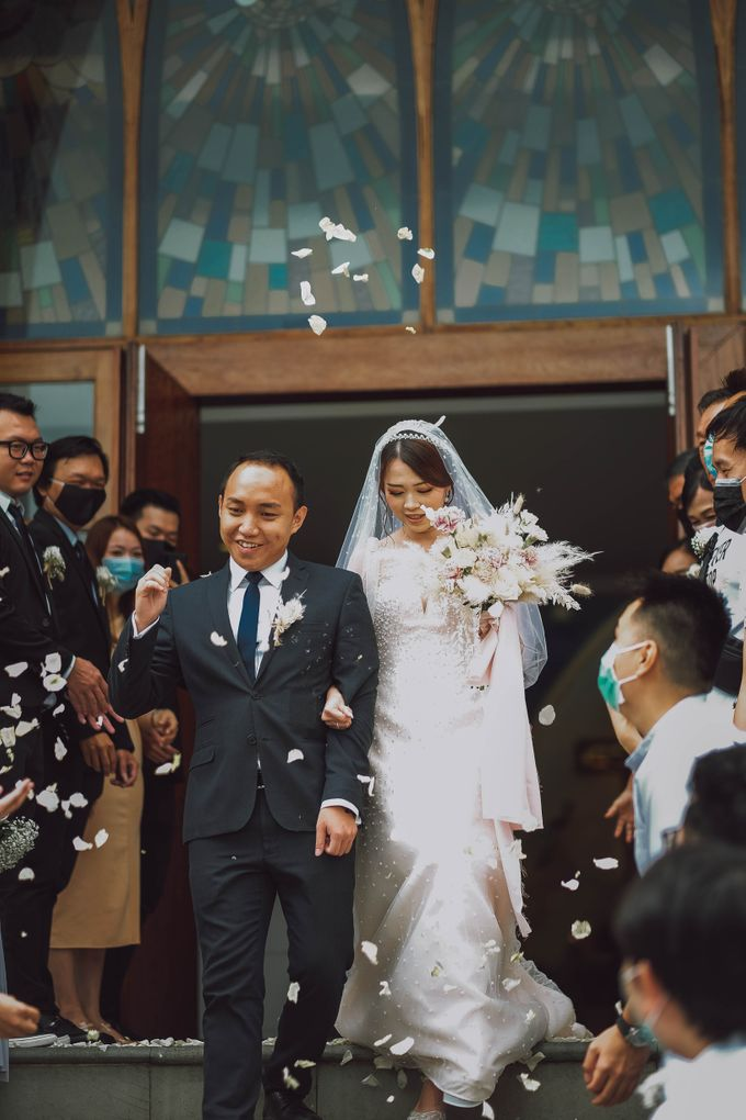 May God bless your marriage together with lots of love and joy by Petra Organizer - 004
