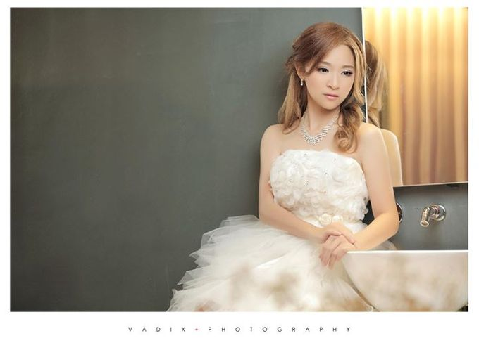 Wedding Day Bride Makeup Service by Elizabeth Lee Makeup Artist - 023