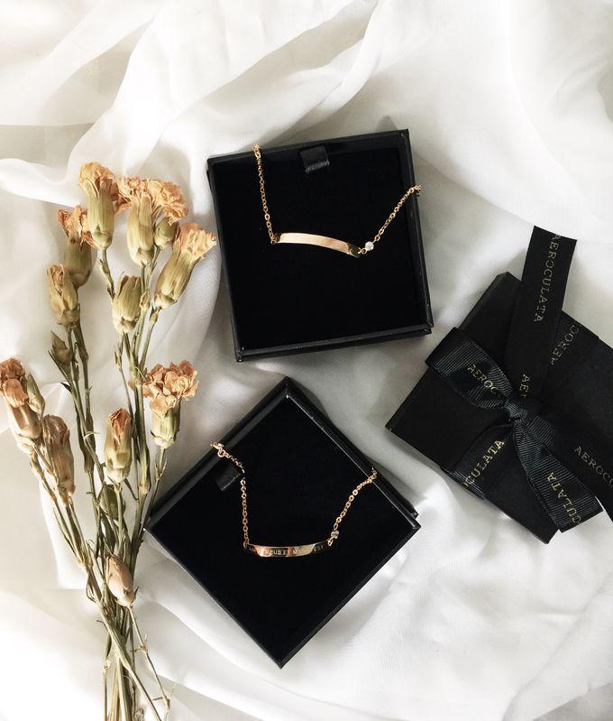 Devina - 18ct Fine Gold Bracelet Bridesmaid Gift by AEROCULATA - 001