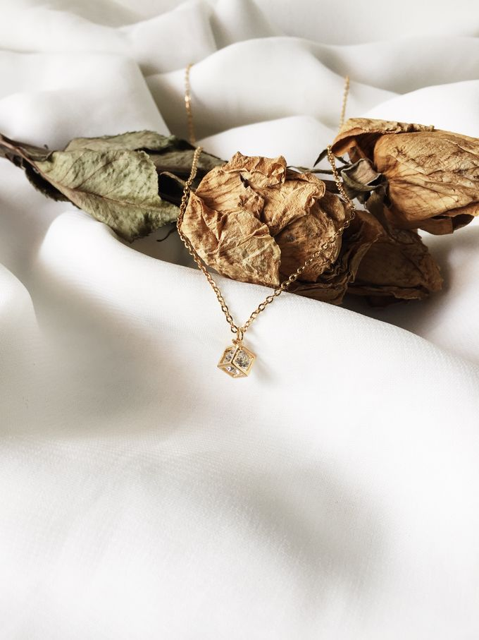 Mrs A - Custom Fine Gold Necklace by AEROCULATA - 004