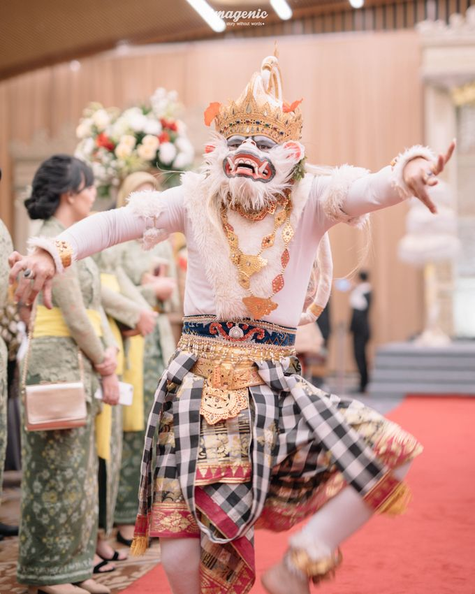 Compilation of Balinese Wedding at 9th and 10th Floor by Dwi Tunggal Citra Catering - 004
