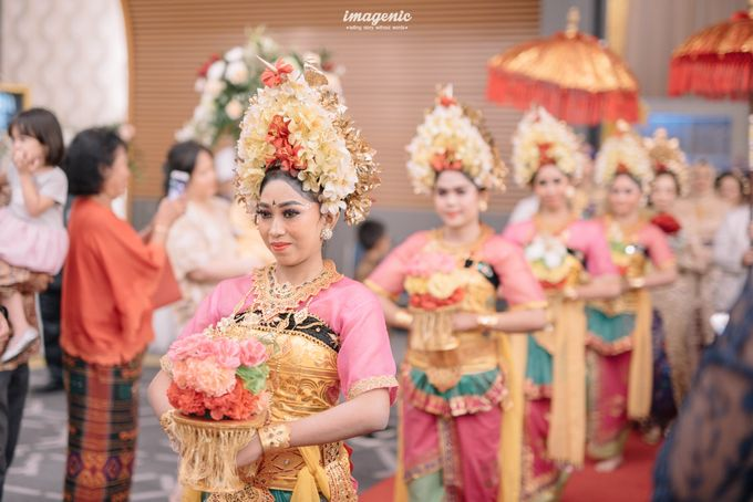 Compilation of Balinese Wedding at 9th and 10th Floor by Dwi Tunggal Citra Catering - 002