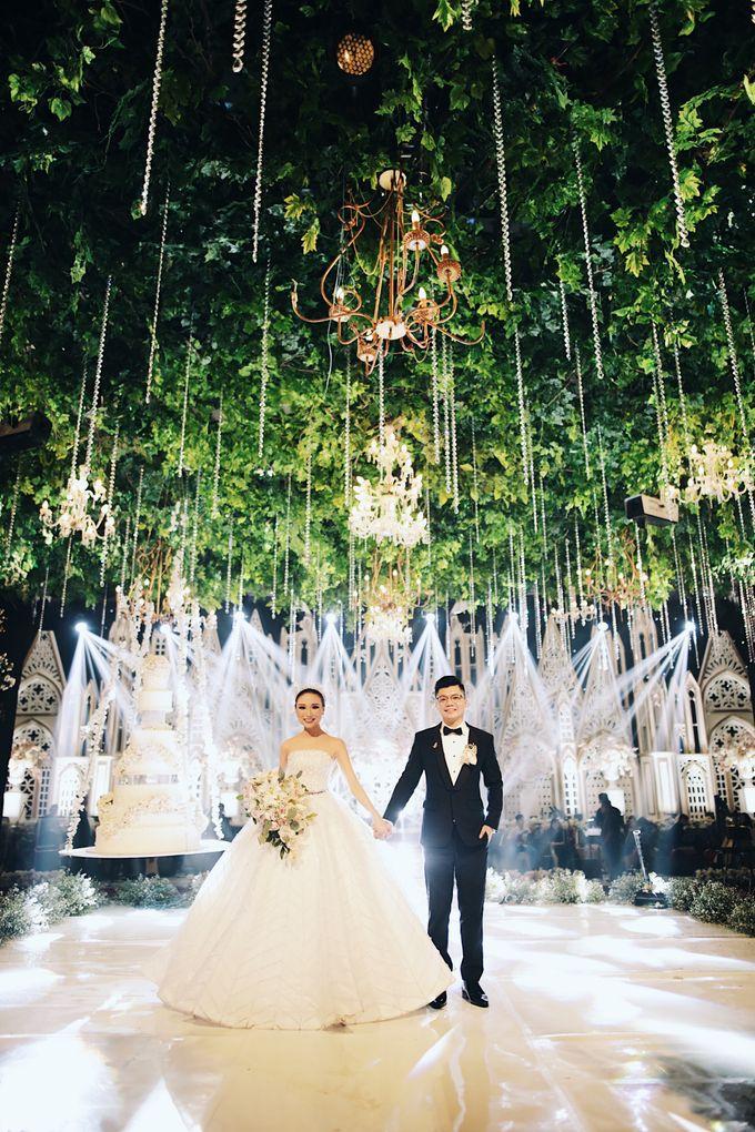 Yulianto & Lina - Wedding Day by Diorama Tailor - 042