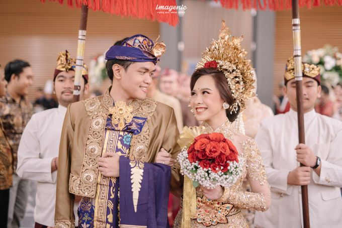 Compilation of Balinese Wedding at 9th and 10th Floor by Dwi Tunggal Citra Catering - 009