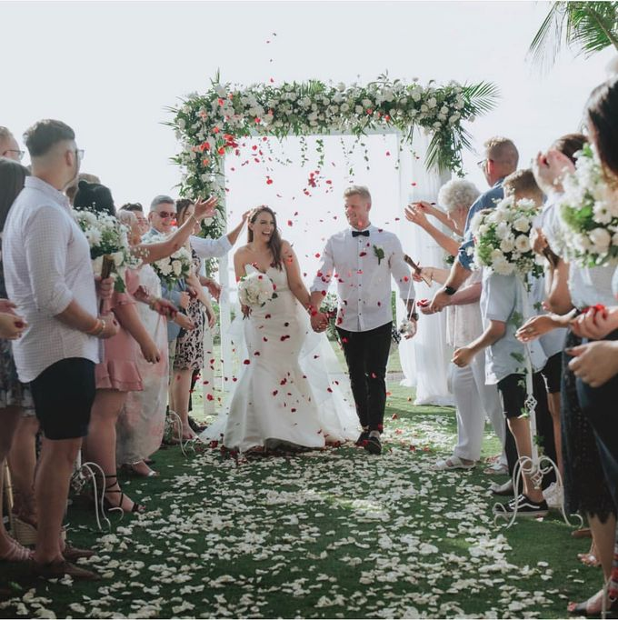 Caity & Jake Wedding by Holiday Inn Resort Baruna Bali - 001