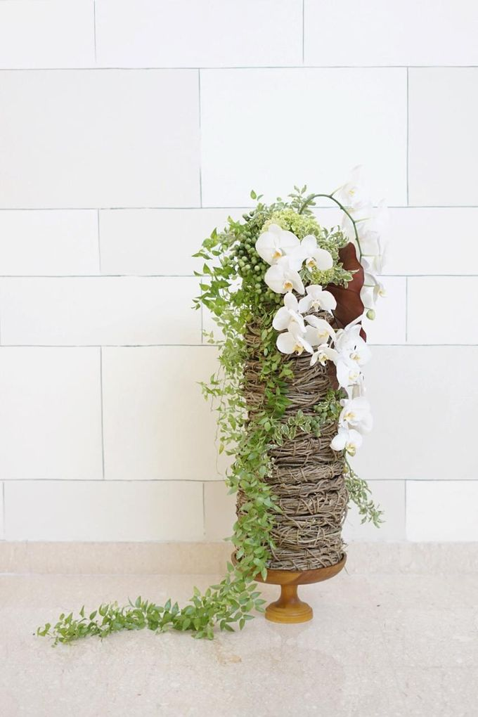 Balinese Floral Centrepieces by Make A Scene! Bali - 018