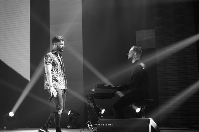 Guest Star: Calum Scott by Artist Booking - Full Color Entertainment  - 011