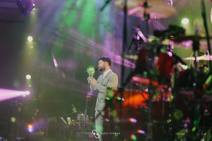 Guest Star: Calum Scott by Artist Booking - Full Color Entertainment  - 024