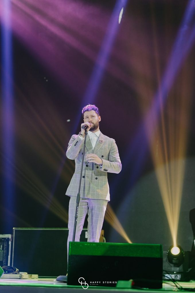 Guest Star: Calum Scott by Artist Booking - Full Color Entertainment  - 025