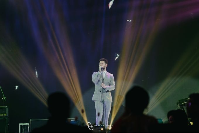 Guest Star: Calum Scott by Artist Booking - Full Color Entertainment  - 027
