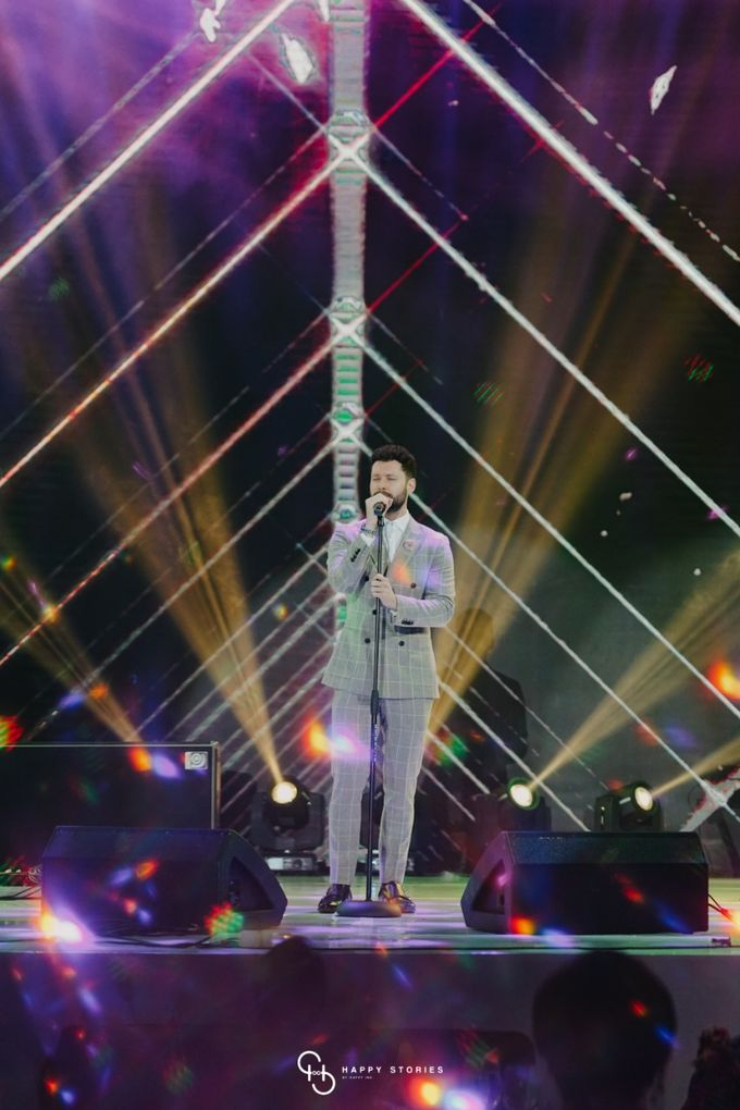 Guest Star: Calum Scott by Artist Booking - Full Color Entertainment  - 028