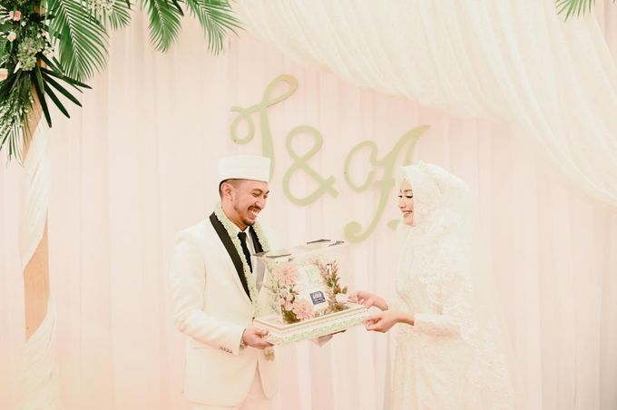 The Wedding of Taufik & Ayu by Khayim Beshafa One Stop Wedding - 010