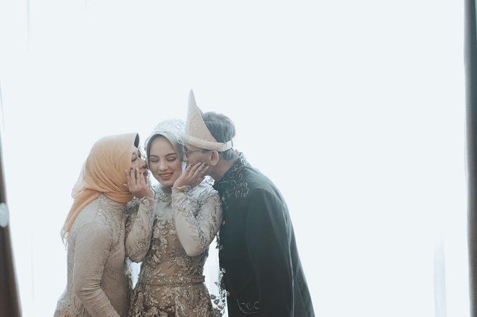 The Wedding of Anung & Silvi by Khayim Beshafa One Stop Wedding - 002