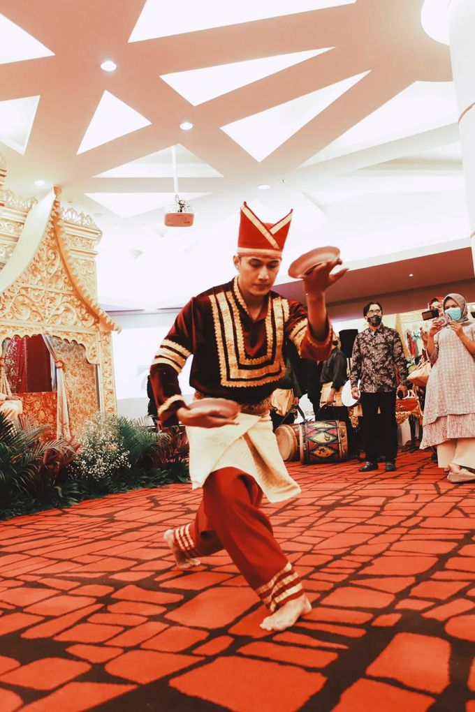 The Wedding of Anung & Silvi by Khayim Beshafa One Stop Wedding - 015
