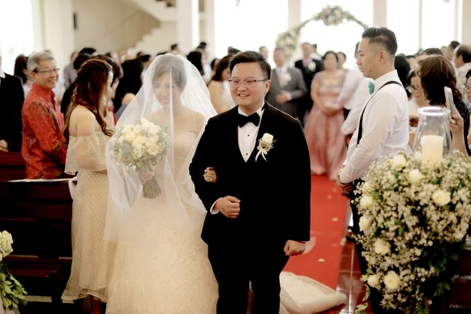 Revie & Widarti - Wedding Day by Wong Hang Distinguished Tailor - 009